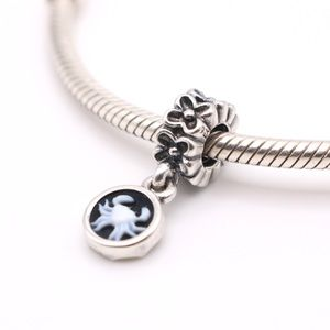 RARE Authentic PANDORA Sterling Silver Cancer Black/White Agate Cameo Dangle